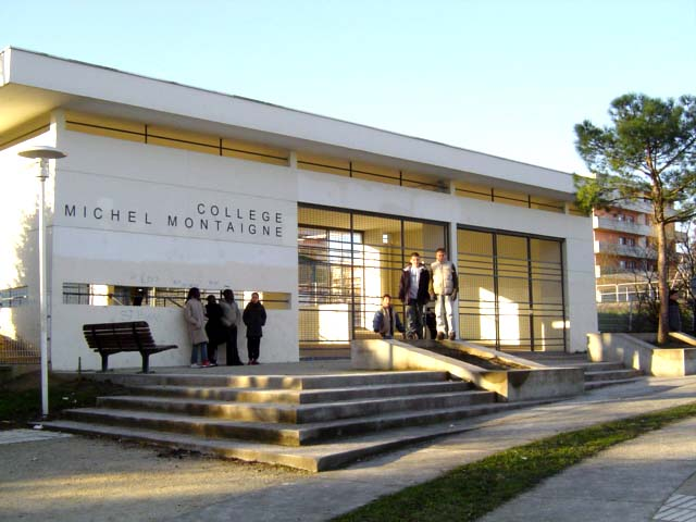 Facade de l'ancien collège Montaigne
